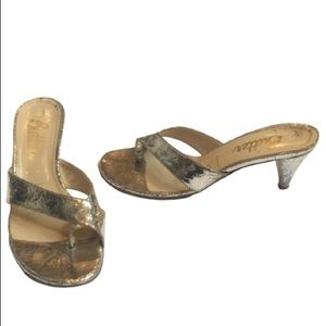 Butter shoe Italy Silver crackle thong heel sandal